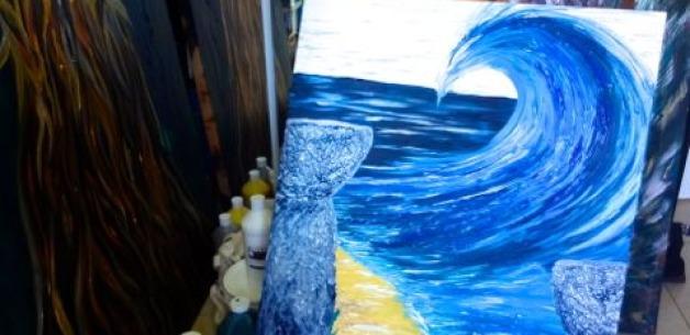 Creative Spotlight: 2 Lattes & a Wave Time Lapse Video