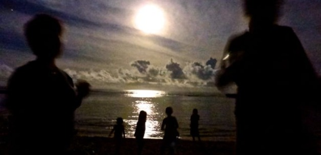 Full Moon April 2014 on Guam ~ Beach Adventure