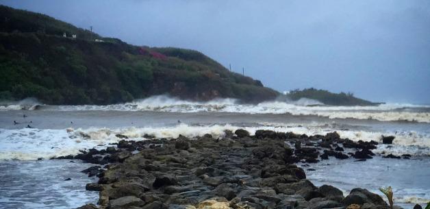 Typhoon Bavi misses Guam, brings waves to the Bay (video)