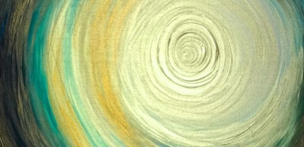 Creation Spotlight: Gold and Blue Spiral Painting